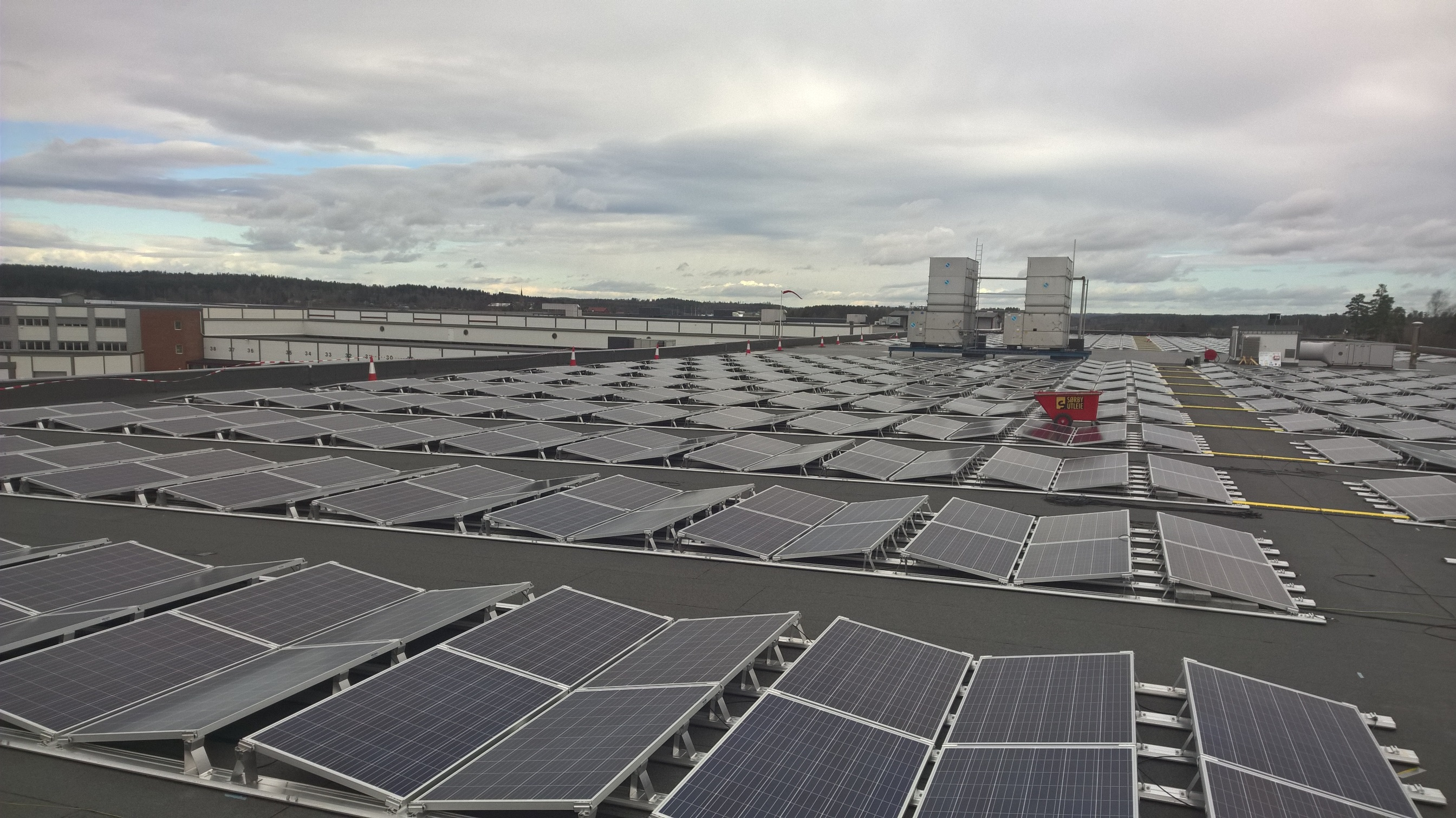 Food cooling system in Norway uses 1 MW PV plant | Sun