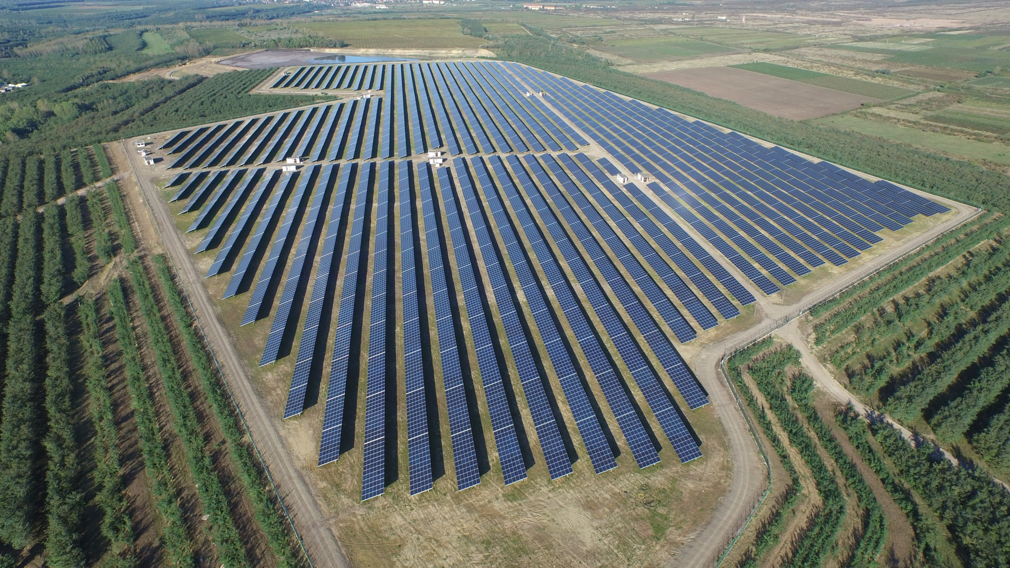 Hungary S Largest Solar Power Plant Is Now Operational