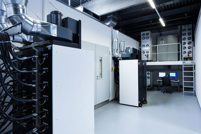 TÜV certificate for stationary storage systems   Sun & Wind Energy