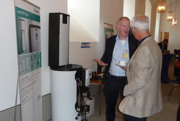 Pressure or drain-back? The new solar heating system from Vaillant ...