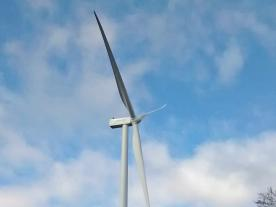The prototype of Gamesa's new turbine G132-3.3 MW is now installed. (Photo: Gamesa)