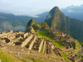 One of the landmarks of Peru: the Inca site Machu Picchu. (Photo: Pixabay/LoggaWiggler)