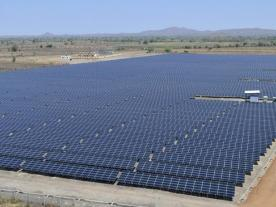 India wants to double the capacity of large-scale PV power plants (Photo: juwi)