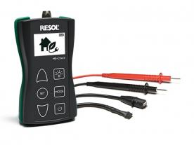 HE-Check can generate and measure PWM and 0-10 V signals. (Photo: Resol)