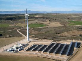 Gamesa prototype off-grid system that combines wind energy, photovoltaics, diesel generators and a battery. (Photo: Gamesa)